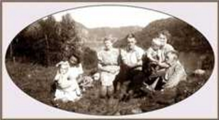 Family on Skaaland, Lund, Norway